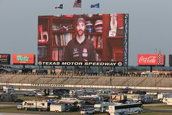 James Hinchcliffe gives the command to start the engines