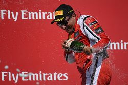 Juara balapan #8 Ferrari of Ft. Lauderdale