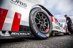 #8 Audi Sport Team Joest Audi R18 e-tron detail