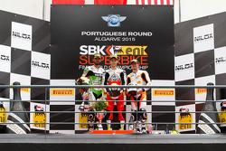 Supersport : Le deuxième Kenan Sofuoglu, Kawasaki Puccetti Racing, le vainqueur Jules Cluzel, MV Agu