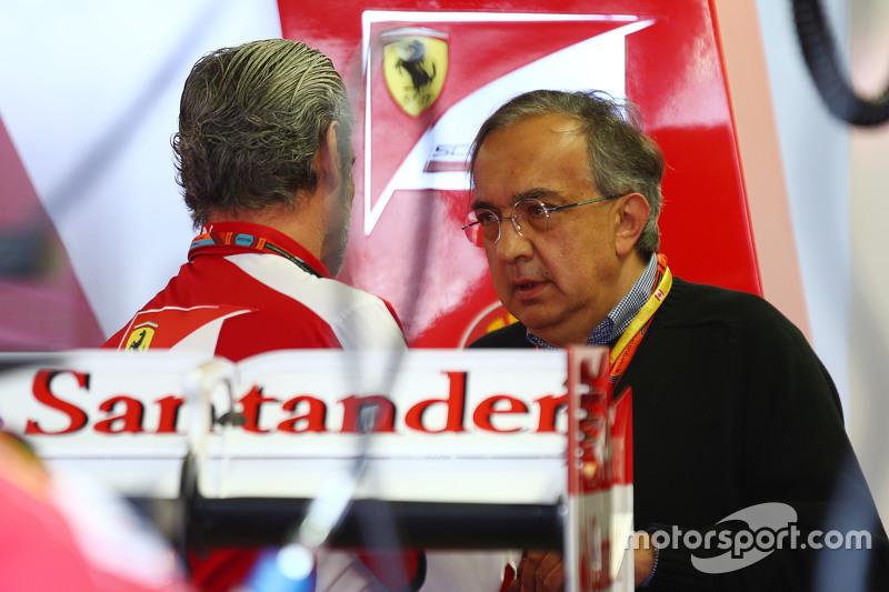Maurizio Arrivabene, director del equipo de Ferrari con Sergio Marchionne, presidente de Ferrari y CEO de Fiat
