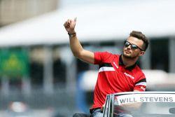 Will Stevens, Manor F1 Takımı geçit töreninde