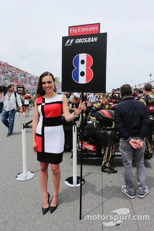 Grid girl para Romain Grosjean, Lotus F1 Team