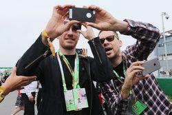 Michael Fassbender, Ator com Bryan Singer,Diretor de filme no grid