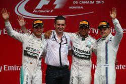 Pódio: primeira posição: Lewis Hamilton, Mercedes AMG F1 W06, segunda posição, Nico Rosberg, Mercedes AMG F1 W06 e terceira posição, Valtteri Bottas, Williams FW37