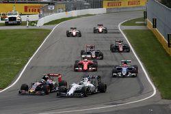 Carlos Sainz jr., Scuderia Toro Rosso, und Felipe Massa, Williams F1 Team