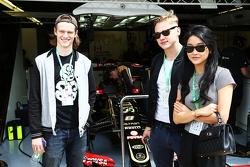 Huéspedes Lotus F1 Team, Actor; Ben Hardy, Actor; Lana Cóndor, Actriz