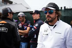 Fernando Alonso, McLaren no desfile dos pilotos