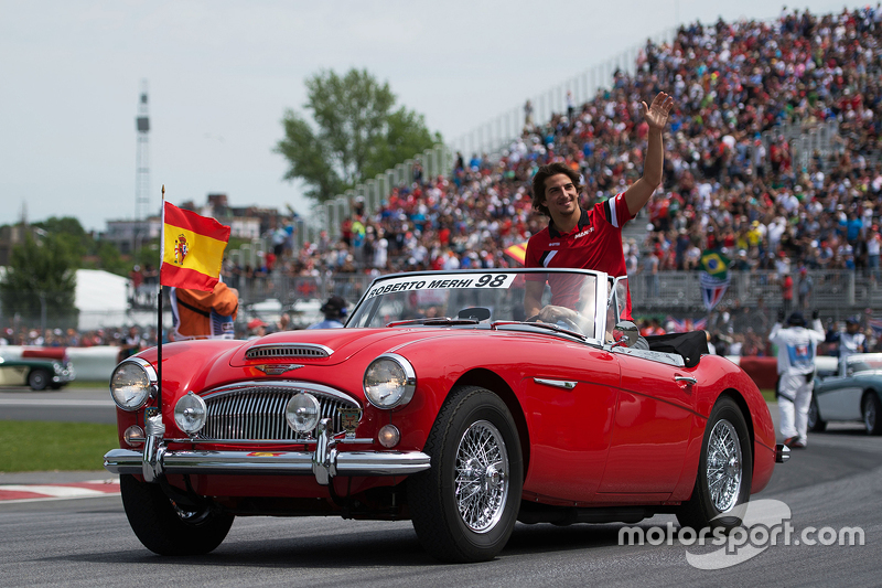 Roberto Merhi, Manor Marussia F1 Team on the drivers parade