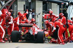 Kimi Raikkonen, Ferrari SF15-T faz pit stop