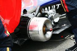 Scuderia Toro Rosso STR10, Bremsbacke