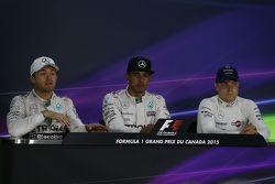 1. Lewis Hamilton, Mercedes; 2. Nico Rosberg, Mercedes, und 3. Valtteri Bottas, Williams