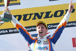 Race 3 winnaar: Sam Tordoff, West Surrey Racing