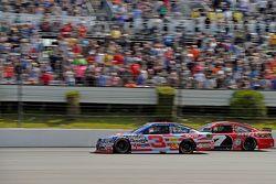 Austin Dillon, Richard Childress Racing Chevrolet and Ricky Stenhouse Jr., Roush Fenway Ford