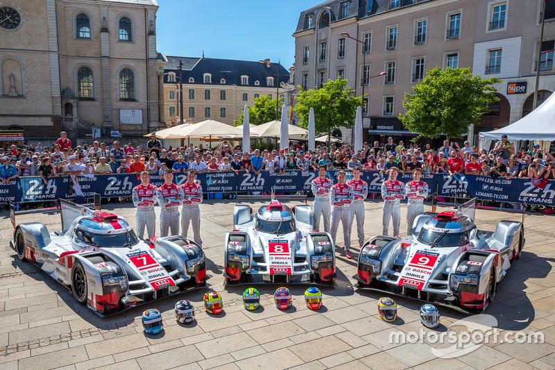 #7 Audi Sport Team Joest Audi R18 e-tron quattro: Marcel Fässler, Andre Lotterer, Benoit Tréluyer dan #8 Audi Sport Team Joest Audi R18 e-tron quattro: Lucas Di Grassi, Loic Duval, Oliver Jarvis and #9 Audi Sport Team Joest Audi R18 e-tron quattro: René R