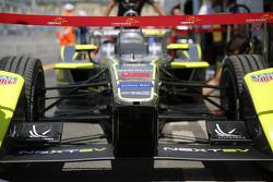 China Racing, Detail