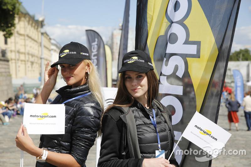 Motorsport.com ladies