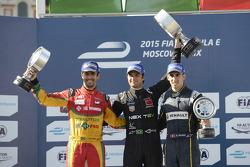 Podium: race winner Nelson Piquet Jr., second place Lucas di Grassi, third place Sébastien Buemi