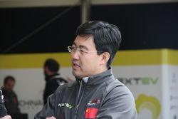 Стивен Лу, руководитель команды China Racing