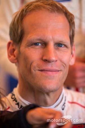 #91 Porsche Team, Manthey Porsche 911 RSR: Jörg Bergmeister
