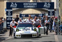 #91 Porsche Team Manthey Porsche 911 RSR