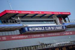 Tribünen am Circuit de la Sarthe