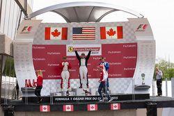 Podium 458TP: Pemenang balapan #38 The Collection Ferrari 458: Gregory Romanelli, posisi kedua #77 Ferrari Quebec Ferrari 458: Emmanuel Anassis dan posisi ketiga #59 Ferrari of Fort Lauderdale Ferrari 458: John Farano