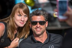Dempsey Proton Competition: Patrick Dempsey with a fan