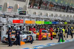 Aston Martin Racing listo para la práctica del miércoles