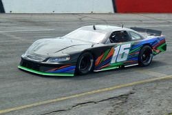 Matt Brabham prueba un Late Model de David Gilliland Racing