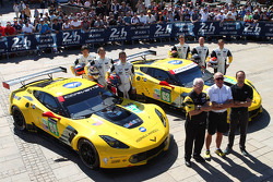 #64 Corvette Racing Corvette C7.R: Jordan Taylor, Oliver Gavin, Tommy Milner and #63 Corvette Racing