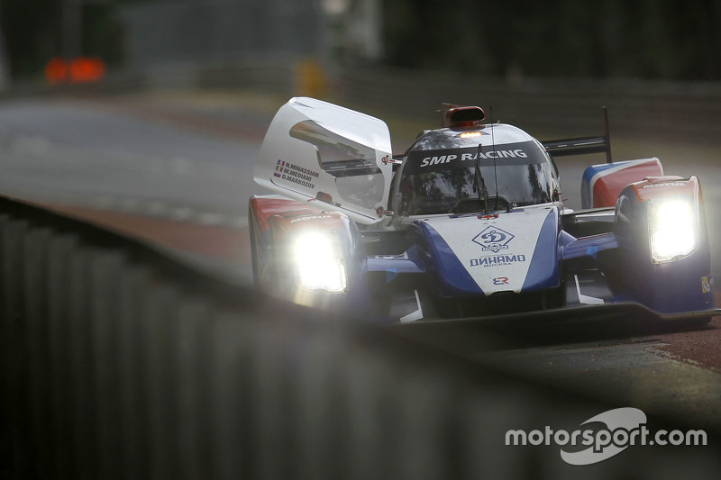 #27 SMP Racing, BR01: Maurizio Mediani, David Markosov, Nicolas Minassian, auf der Strecke angehalten
