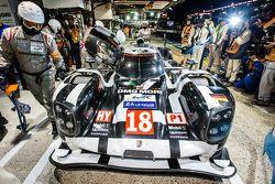 Pole #18 Porsche Team Porsche 919 Hybrid: Romain Dumas, Neel Jani, Marc Lieb