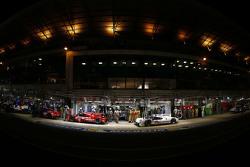 #17 Porsche Team Porsche 919 Hybrid: Timo Bernhard, Mark Webber, Brendon Hartley and #19 Porsche Team Porsche 919 Hybrid: Nico Hulkenberg, Nick Tandy, Earl Bamber