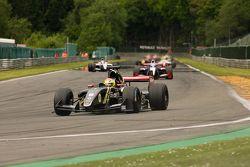Pace lap: #9 Matthieu Vaxivière, Lotus