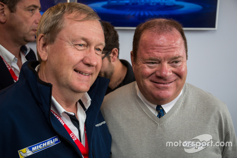 Pascal Couasnon, Michelin-Motorsport-Chef, mit Chip Ganassi