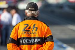 Commissari di Le Mans