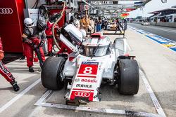 #8 Audi Sport Team Joest Audi R18 e-tron quattro: Lucas di Grassi, Loic Duval, Oliver Jarvis en los