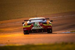 #71 AF Corse Ferrari 458 GTE: Давиде Ригон, Джеймс Каладо, Оливье Беретта