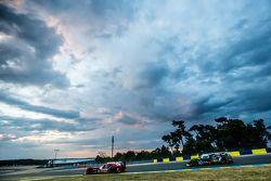 #22 Nissan Motorsports Nissan GT-R LM NISMO: Harry Tincknell, Alex Buncombe, Michael Krumm and #42 S