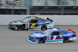 Darrell Wallace Jr., Roush Fenway Racing Ford en Elliott Sadler, Roush Fenway Racing Ford