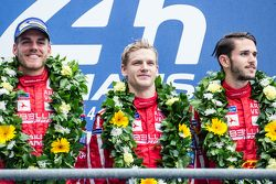 LMP1 privateer podium: ganadores #13 Rebellion Racing Rebellion R-One: Dominik Kraihamer, Daniel Abt