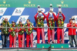 LMP1-Privatier-Podium: Klassensieger #13 Rebellion Racing, Rebellion R-One: Dominik Kraihamer, Danie