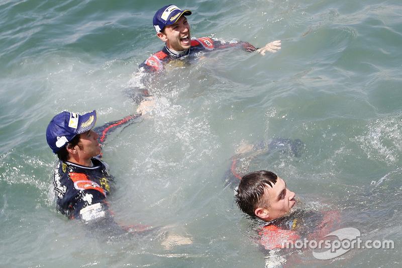 Thierry Neuville, Hayden Paddon, und Nicolas Gilsoul, Hyundai i20 WRC, Hyundai Motorsport
