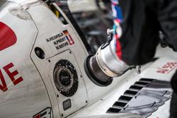 #12 Rebellion Racing Rebellion R-One: Nicolas Prost, Nick Heidfeld, Mathias Beche refueling