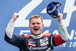 Подиум LMGT Am: Виктор Шайтар, SMP Racing, Ferrari 458 GTE, победитель
