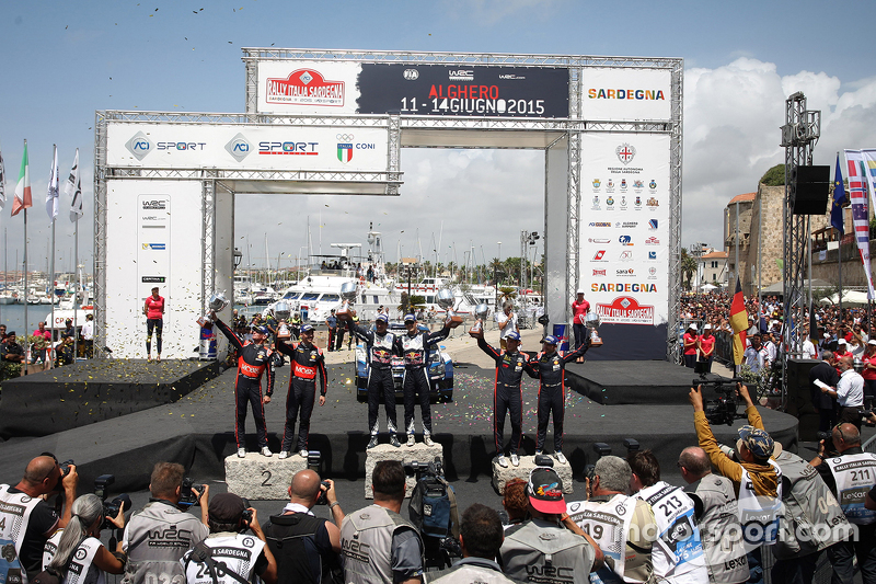 Podium: winners Sébastien Ogier and Julien Ingrassia, Volkswagen Polo WRC, Volkswagen Motorsport, se