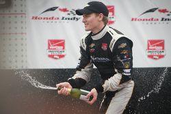 Podium : le vainqueur Josef Newgarden, CFH Racing Chevrolet