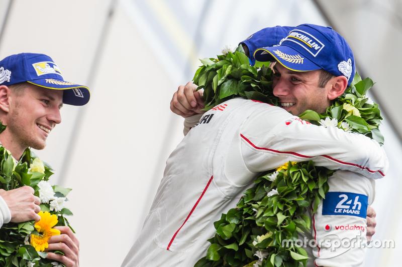 Podium LMP1 : les vainqueurs, Porsche Team : Nico Hulkenberg, Nick Tandy, Earl Bamber