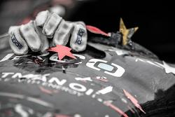 El ganador de la carrera, Josef Newgarden, CFH Racing Chevrolet